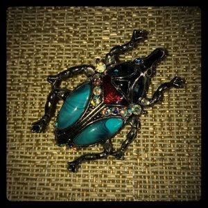 Jewelry - Unique scarab brooch with jewels and turquoise